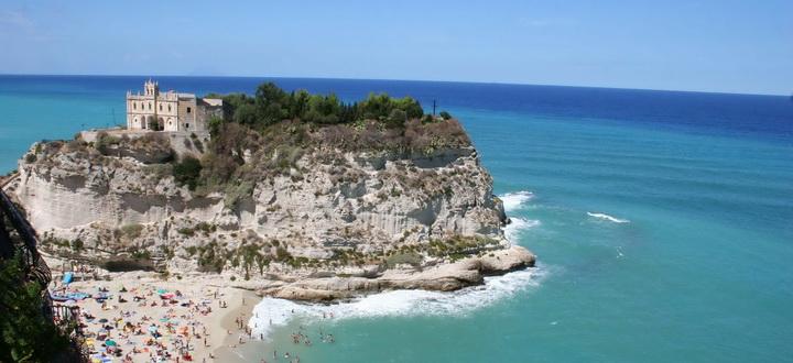 Bari tengerpart